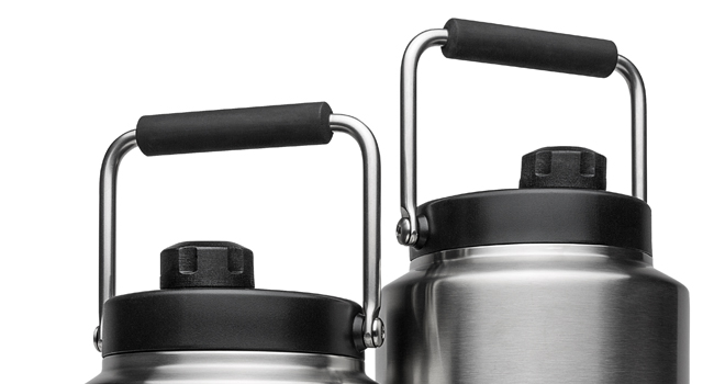yeti-rambler-jugs-close