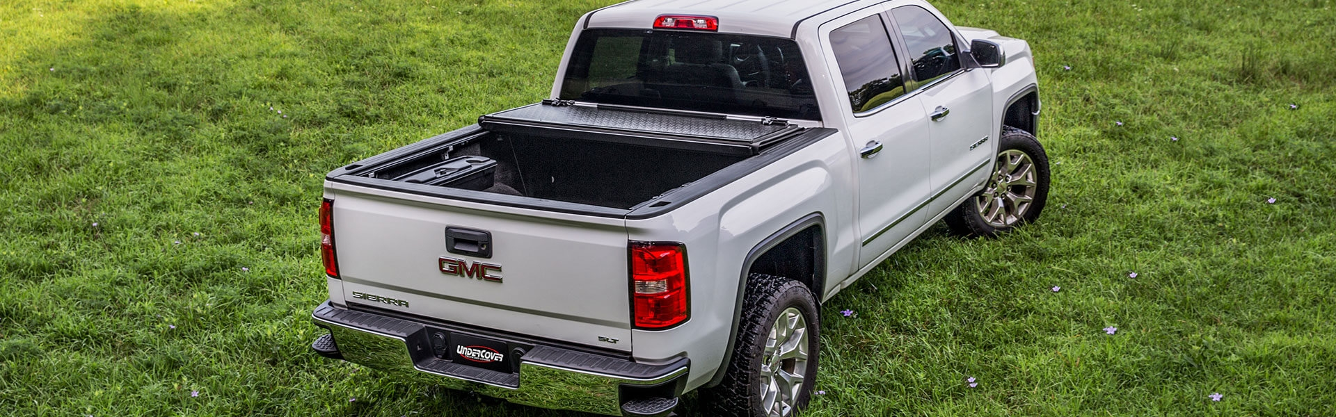 UnderCover Tonneau/Truck Bed Covers & More at Summit Racing